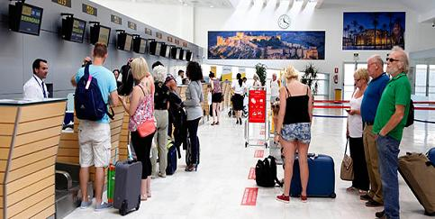20140613084324-aeropuerto-milenio-del-reino-de-almeria-.jpg