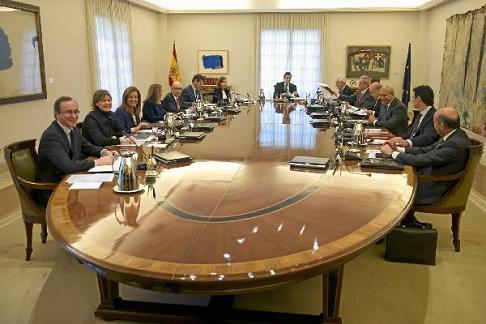 20150116192006-consejo-ministros-rajoy.licitacion-tramo-eje-mediterraneo16-1-15.jpg