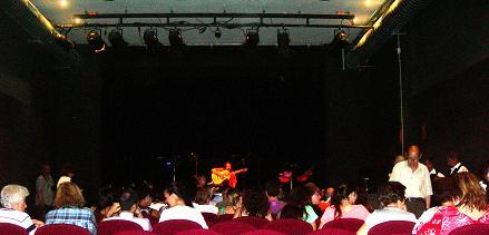 20120605113113-fincurso12-en-almeria-teatre.jpg
