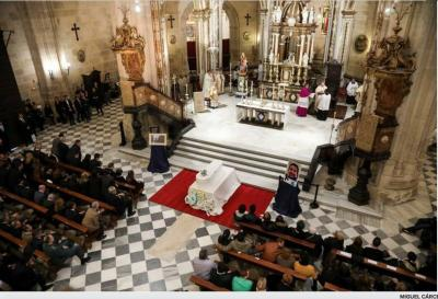 20180317103821-gabriel-funeral-catedral-marzo-18.jpeg